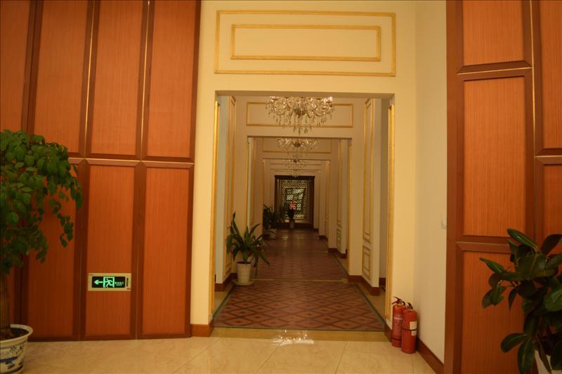 重庆三唐木门展厅风貌17